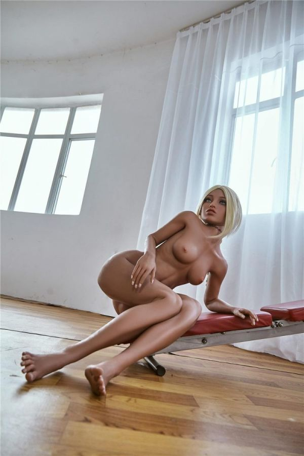 150cm 4ft11 Small Tits Lifelike Sex Doll for Men Queenie