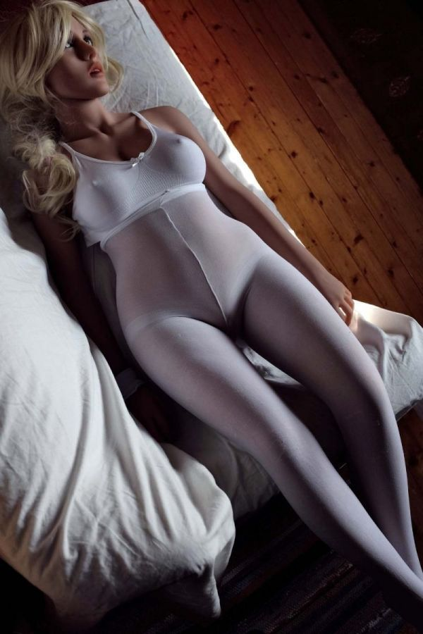 135cm 4ft5 Gcup TPE Sex Doll Connie Amodoll